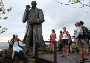 Darwin's statue in the Galapagos