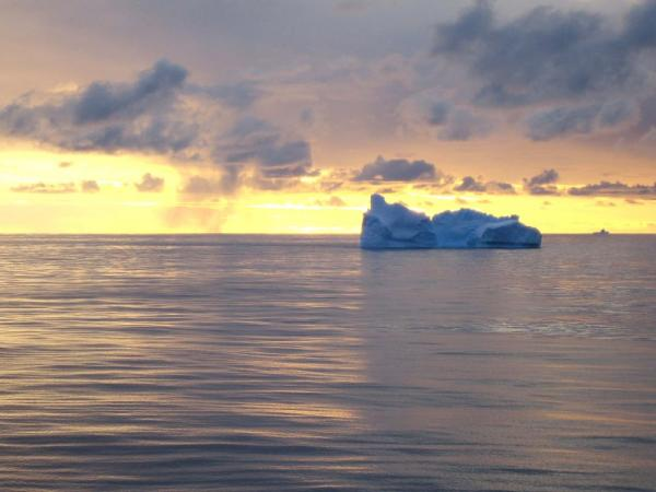 Lone iceberg in Drake Passage