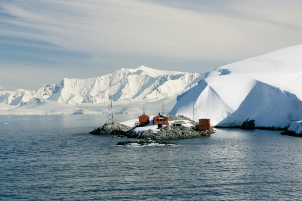 Visit remote outstations on your polar cruise