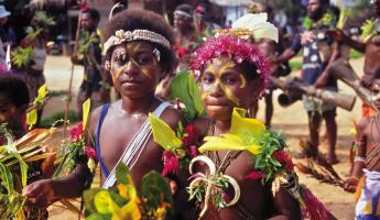 Colourful children of Papua New Guinea