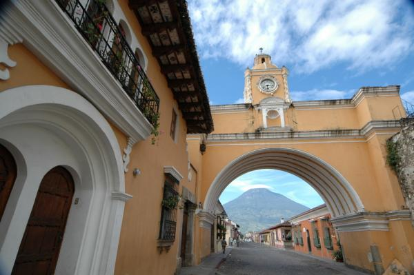 Streets and architecture of Antigua