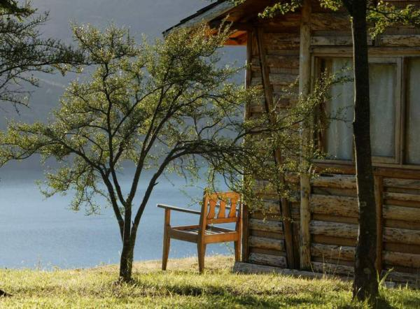 Cabins are dispersed for privacy, providing a peaceful and harmonious experience with the landscape