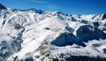 Ski Santiago, Chile with a stay at Posada de Farellones