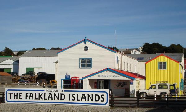 You will find Stanley a welcoming place on your Falkland Islands tour
