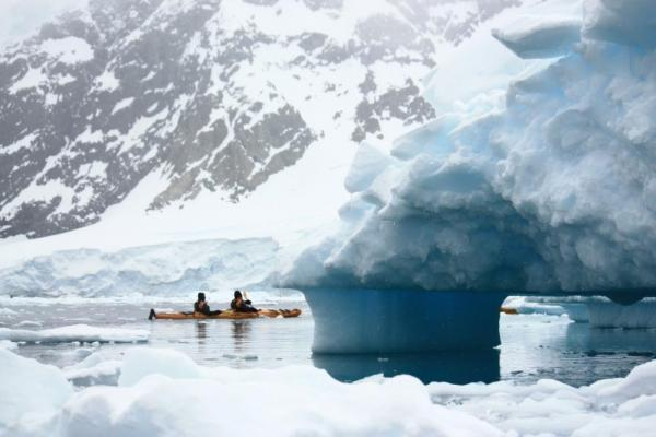 Kayak unforgettable seascapes on your polar expedition cruise