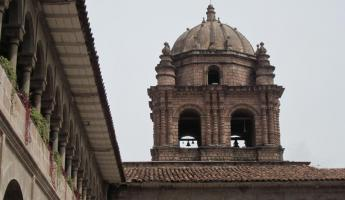 More buildings in Cusco