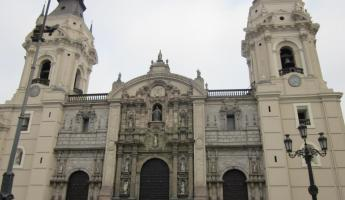 Sight seeing in Lima