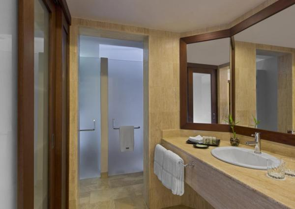 Each guest room includes a handsomely appointed bathroom