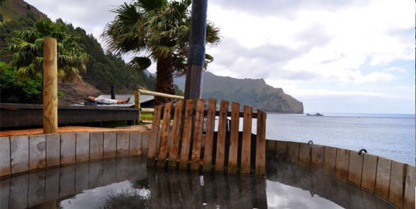Crusoe Island Lodge, Chile