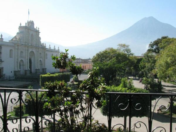 Antigua Central Plaza