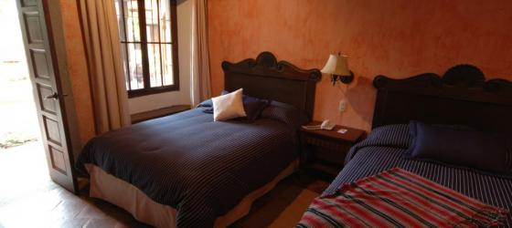 A cozy room at Meson de Maria