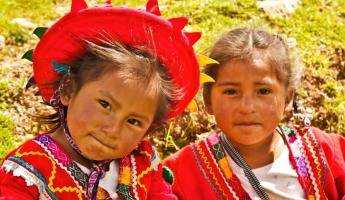 Quechua girls in their traditional clothing