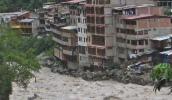 Aguas Calientes River flooding