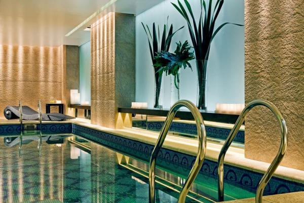 Rejuvinate in Hotel Sofitel's wellness and Spa area