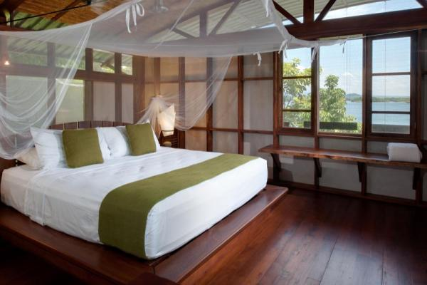 Enjoy your stay at Jicaro Island EcoLodge in a spacious casita