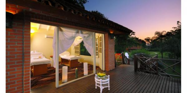 Get pampered in the Spa Suite of Iguazu Grand