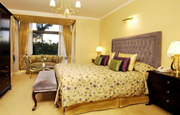Luxurious Panoramic Suites are spacious and modern