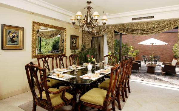 Enjoy fine dining in Iguazu Grand's Presidential Suite