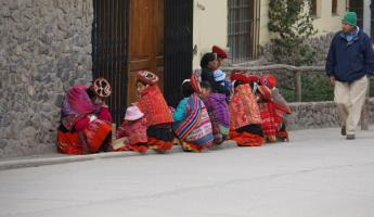 Waiting for the doctor - Ollantaytambo