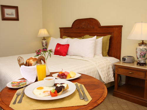 Enjoy the utmost in comfort at the Crowne Plaza Guatemala City