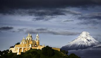 Puebla and beautiful Popocatepetl volcano