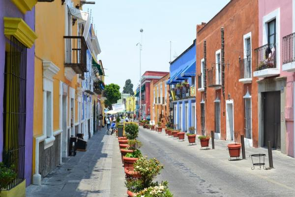 Vibrant backroads in central Puebla