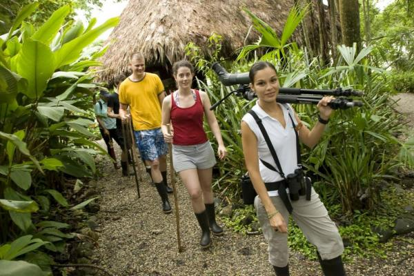 Guests of Lapa Rios Ecolodge on an expedition hike