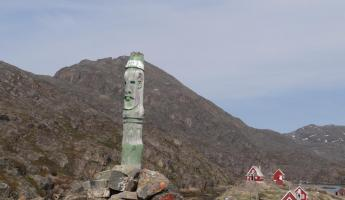 Totem pole at fishing village outside Sisimiut