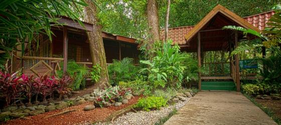The charming Pachira Lodge