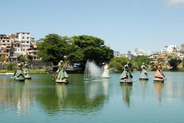 A peacful lagoon in Salvador