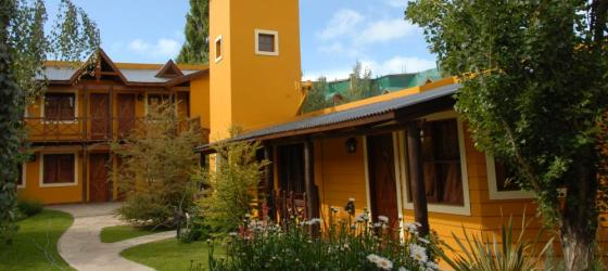 Stay at Kau Kaleshen  while touring El Calafate