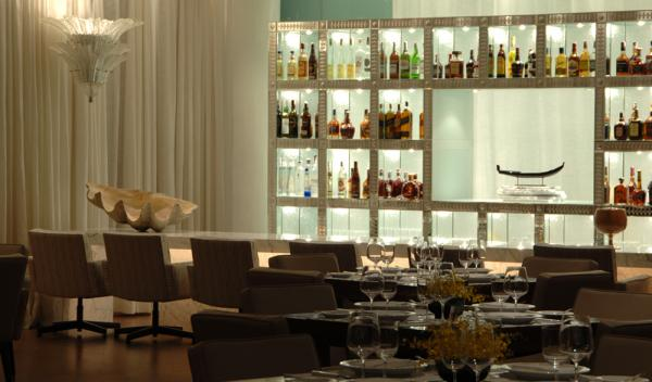 Relax in the bar and experience exceptional cuisine at Hotel Fasano Al Mare