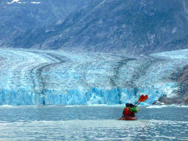 Kayaking near the Glacier