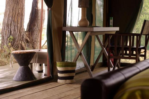 Lemala Elewanja Camp's unique decorations make for an authentic experience