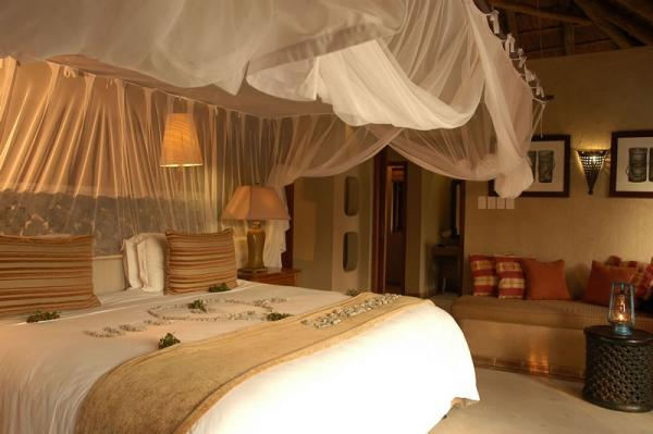 Simbambili Lodge's beautifully designed and spacious rooms.