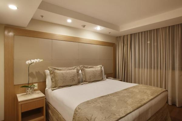 A comfortable suite at Windsor Atlantica