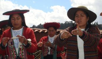Visit to the Center for Traditional Textile of Cusco