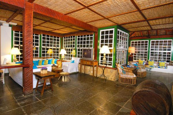 Unwind after a day of exploring Brazil at Pousada do Principe's lounge