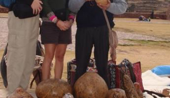 Local craftsman, Beth and Aaron in Chinchero
