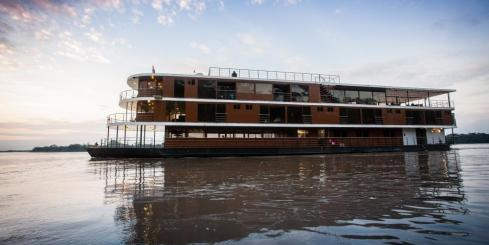 The Luxurious M/V Anakonda sails the Amazon