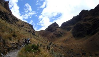 Trekking Dead Womans Pass on the Inca Trail