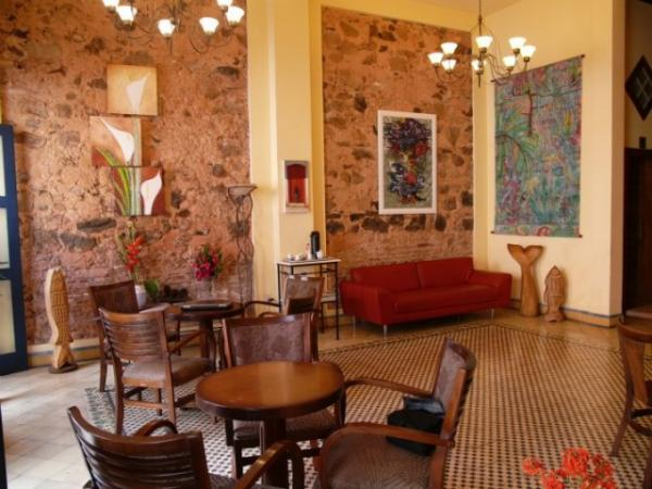 Relax in the welcoming lobby of Pousada do Pilar