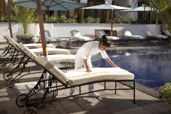 Enjoy poolside service at Palacio Nazarenas