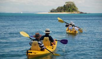 Kayak on the Great Barrier Reef