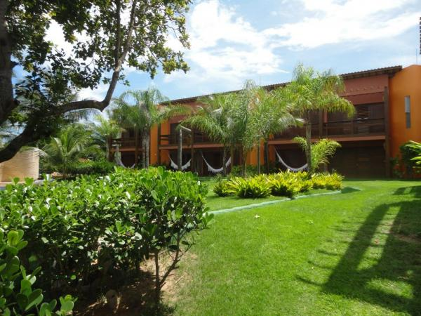 Explore the grassy grounds of  Pousada Naquela