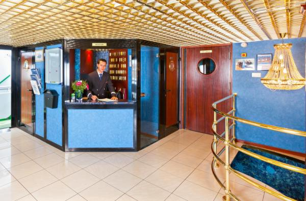 Enjoy friendly reception aboard the Victor Hugo