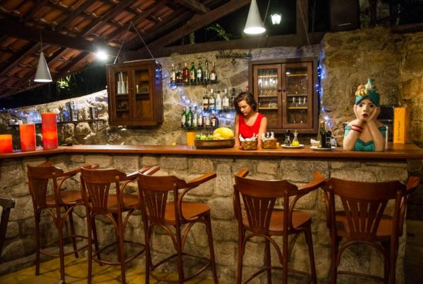 The welcoming bar at Sagu Mini Resort