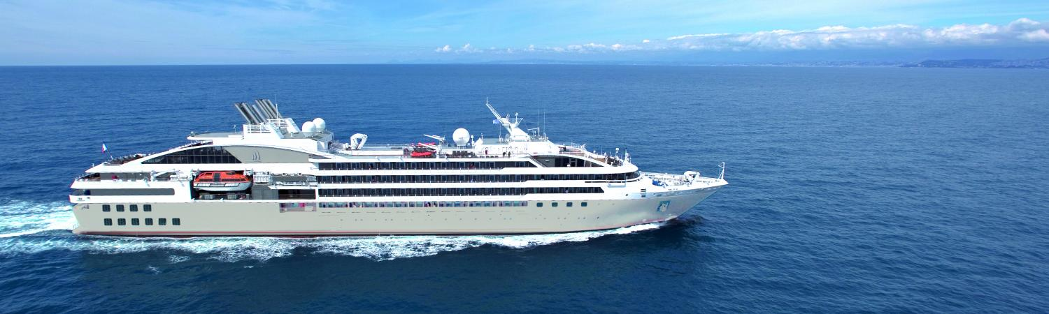 Le soleal luxury small cruise ship cruising the arctic for Top small cruise lines
