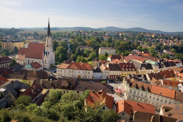 Peaceful towns of the Danube