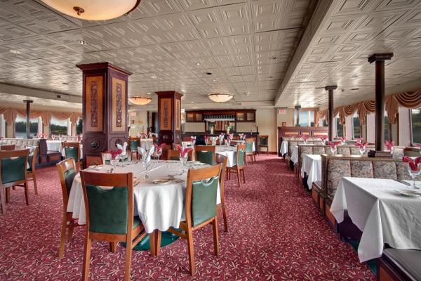 Fine dining aboard the SS Legacy.
